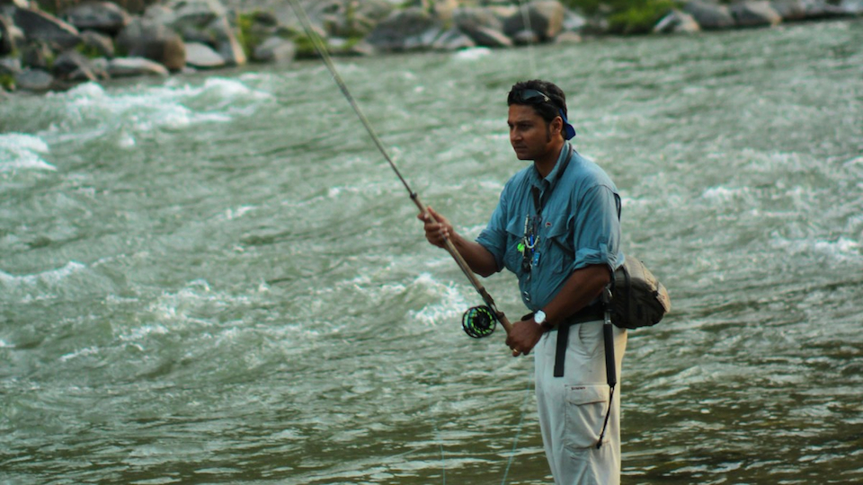 Expert on fishing for mahseer